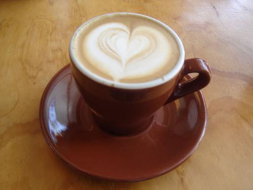 beautiful heart_latte_art by wikipedia