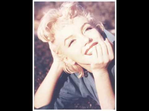 Marilyn Monroe's smile in public domain