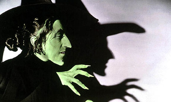 Margaret-Hamilton-Wicked-Witch-WizardofOz