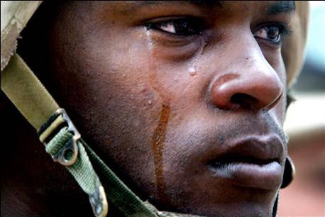 Soldier Crying IraqColorLineNews (1)