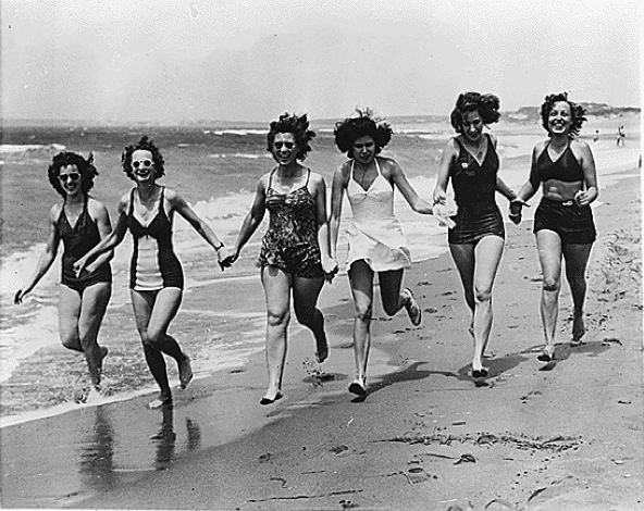 vintage-friends beach fun madness