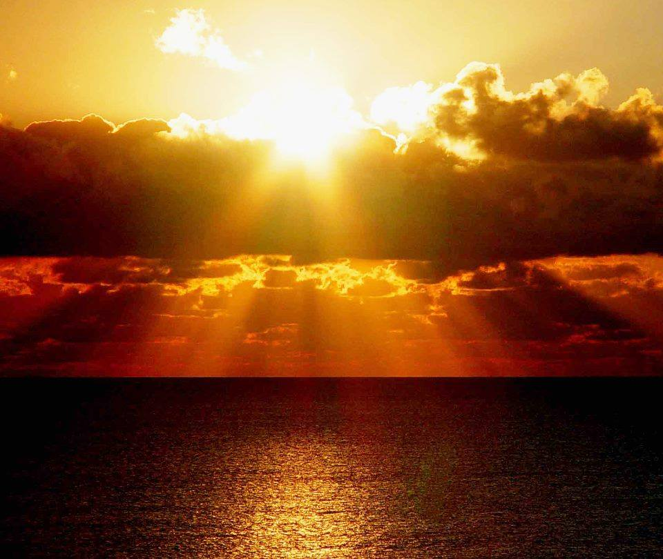 gold sunset ocean sea light glitter