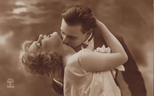 lovers kiss neck vintage