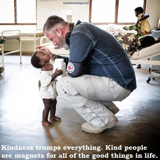 kindess -everything--kind-people-are-magnets-for-all-the-good-things-in-life-